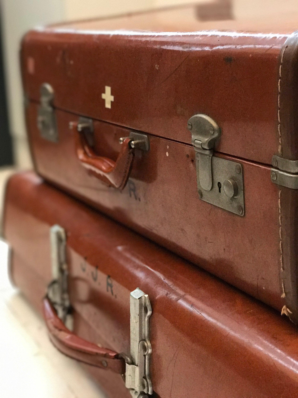 Beautiful Vintage Designer Stacking Suitcases   Vintage Luggage   Vintage  ZI89