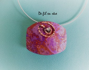 Handmade necklace made of violet and copper polymeric paste (C40)
