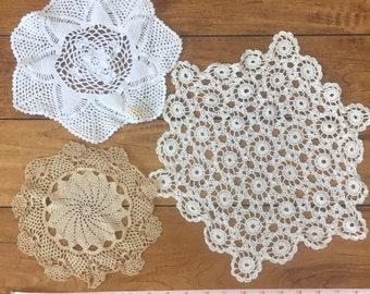 vintage doily lot, ECRU doilies, doily set, craft doilies, crochet doily lot, wedding table decor, crochet doilies