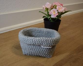 Grey Storage Basket / Shelves Organizer / Basket Bag / Orgainzation / Bathroom Storage Basket / Medium Grey Basket