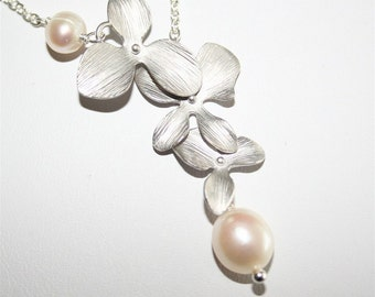 Orchid Necklace, Silver Orchid, Freshwater Pearls, Orchids Necklace, Bridesmaid Gift , Flower Necklace, Sterling Silver, Wedding Necklace