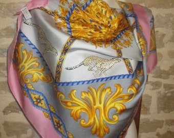 Scarf Céline Vintage Twill silk, Leopard, hemmed by hand, with its label in very good condition
