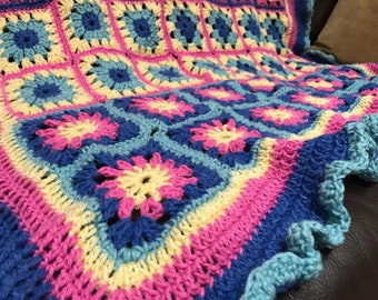 Toddler Blanket with Granny Squares