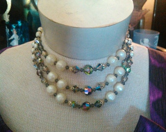 Free Shipping 1950s  Three Strand Beaded Glamour Necklace