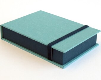 Box for Photos 4x6 in - Handmade with imported bookcloth | Photo Storage | Presentation Box | Keepsake | Photo Album| Teal/Turquoise