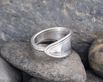 Silverware Handle Ring (Spoon Ring) Size 6 1/4 SR154