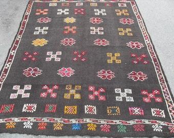 kilim rug free shipping VINTAGE TURKİSH antalya cecim kilim Anatolian handwoven rug decorative kilim - SİZE : 59'' X 76'' ( 147 cm X 190 cm)
