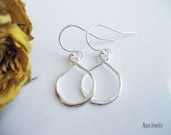 Infinity Earrings, Simple Sterling Silver Infinity Dangle Earrings, Modern Infinity Earrings, Everyday Jewelry, Jewelry Gift for Woman