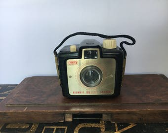 Vintage Kodak Brownie Bullet Camera, Prop, Vintage prop, Kodak Camera  Vintage Camera, Collectible Camera, Brownie Camera