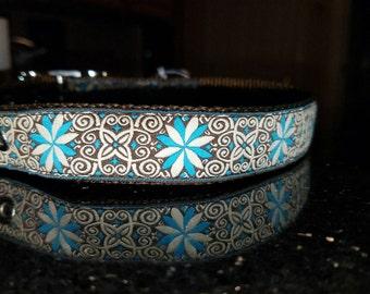 "1"" Embroidered Pinwheel Flower Design Collar (Blue/Brown)"
