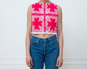 vintage red bandana print crop top | red fringe cropped shirt | red cotton western top | little red shirt | red festival top | 1970s | 70s