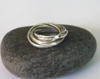 Hammered .925 Sterling Silver Interlocking Five Band Rolling Ring -size US 5
