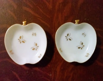Tiny vintage apple shaped ring dish or butter pat dish