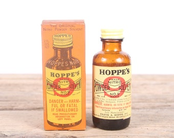 Vintage Hoppe's No. 9 Nitro Powder Solvent / Glass Bottle / Gun Cleaning / Hunting Decor / Camping Decorations / Old Fishing Outdoor Decor