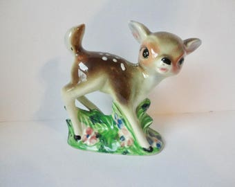 1940s Ceramic Deer Fawn Made in Japan. 5 inches tall Fawn.