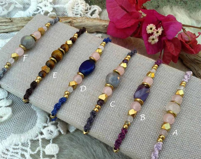 Macrame bracelet Mod.Teresa with natural stones and brass, choose from 5 models, nickel free, water resistant, yoga bracelet, free shipping