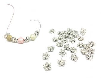50 beads spacer 9mm flowers