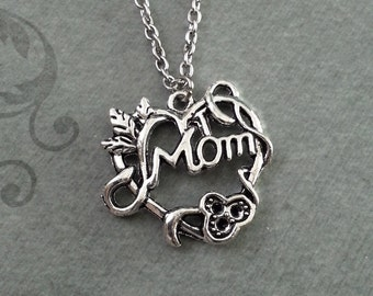 Mom Necklace, SMALL Mom Pendant Necklace, Mother's Day Gift, Mom Heart Necklace, Gift for Mom, Mom Jewelry, Mother Gift, Filigree Necklace