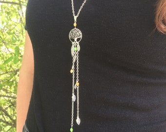 Necklace silver and green