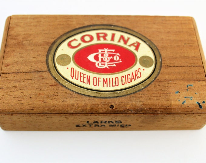 Vintage Corina Wood Cigar Box