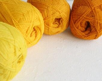 Knitting yarn, Pure wool yarn, Yellow yarn for knitting, set of 4 balls in yellow, wool yarn for fair isle, knitting, crochet