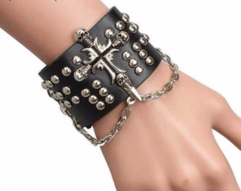 IN STOCK great punk vegan leather, skull, Gothic bracelet
