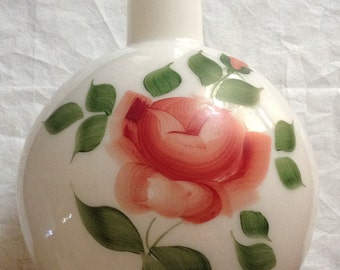 Antique GWTW hand painted milk glass shade