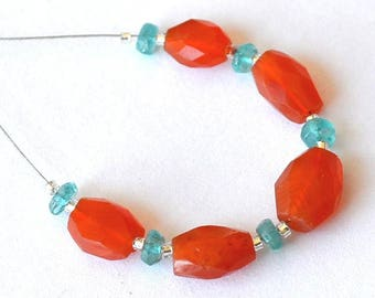 Beautiful set of 11 beads oval faceted carnelian and Apatite rondelles blue