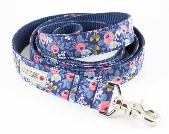 Les Fleurs Rosa Floral Navy Dog Leash - Rifle Paper Co.