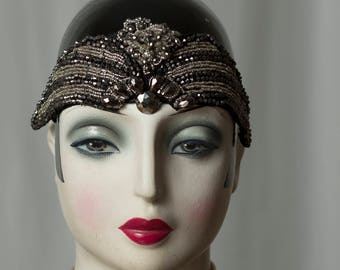 Detailed Flapper headband, glamorous eye-catcher at Every Great Gatsby party, 20s, 20s style