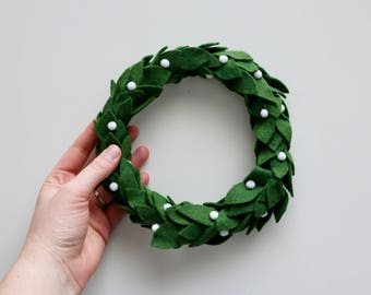 Mini Felt Wreath