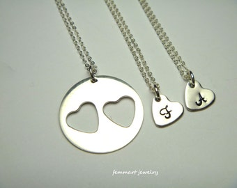 Mother 2 Daughter Necklace Set - Heart Necklace - Mom necklace - Initial Necklace - Gold Heart Necklace - Mommy Daughter Necklace