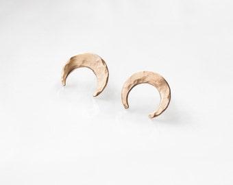 Pounded 14K Gold Crescent Moon Earring // Lunar Hypoallergenic Handmade