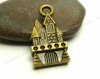 8 Castle Charms or Pendants ( 3D and Double Sided ) - Antique Bronze Tone Metal - 22x12mm - BP15