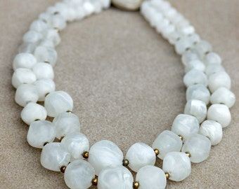 Graduated Marbled Plastic Bead Vintage Necklace