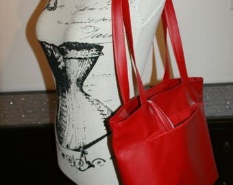 tote bag red leatherette.