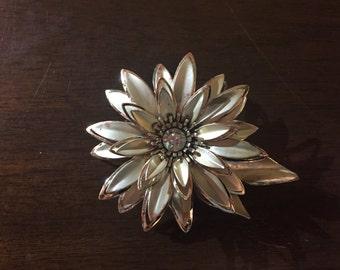 Vintage Metal Flower Brooch