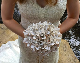 Book Page Paper Flower Bouquet, Book Themed Wedding Bouquet, Custom Kusudama Paper Flower Wedding Bouquet, Dallas Handmade Paper Flowers