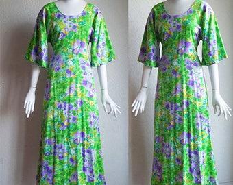 Vintage 70s Two Potato Tropical Floral Kimono Sleeve Hawaiian Maxi Dress S