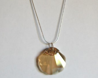 Swarovski Shell Necklace (golden shadow colour)