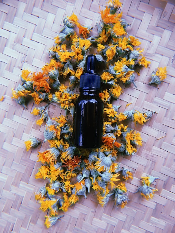 Calendula Oil  1/2 Oz