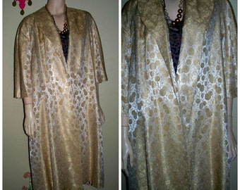 """Vintage 50s Flared House Lounge """" I Love Lucy """" Coat / Gold Jaquard Metallic / Gold Trapeze Flared Jacket 1950s Swing Coat L / XL"""