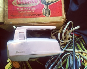 Pink Sunbeam Hand Mixer with Box