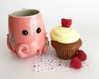 Octopus Mug: Round Pink