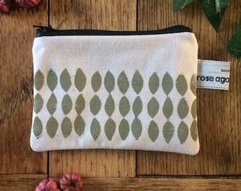 Leaf coin purse | handmade | bags & purses | card holder | zip pouch | hand printed | sage green | lino print | linen accessories | purses