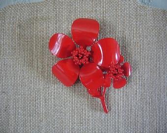 METAL FLOWER PIN - Red Metal Brooch - Vintage Flower Pin