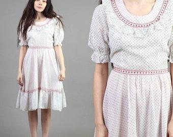 SALE SALE SALE vintage 60s Embroidered puff slv Eastern European ruffle collar boho midi dress