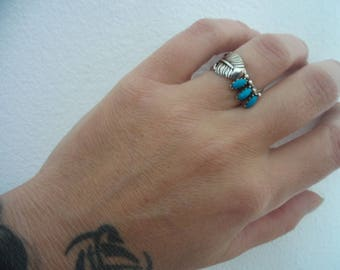 Sterling Silver Feather Vintage Ring with stones