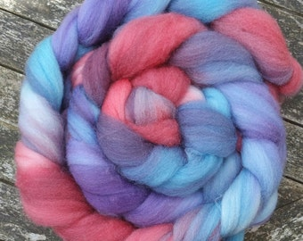Hand Dyed Superwash BFL Wool Tops, spinning, red, violet, blue, 115g