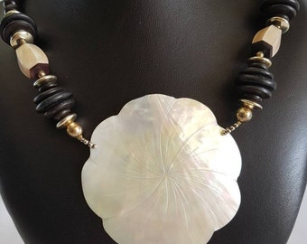 Vintage Black Bead and Mother of Pearl Necklace